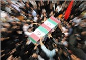 پیکر 5 شهید مرزبانی در شهر کرمانشاه تشییع شد
