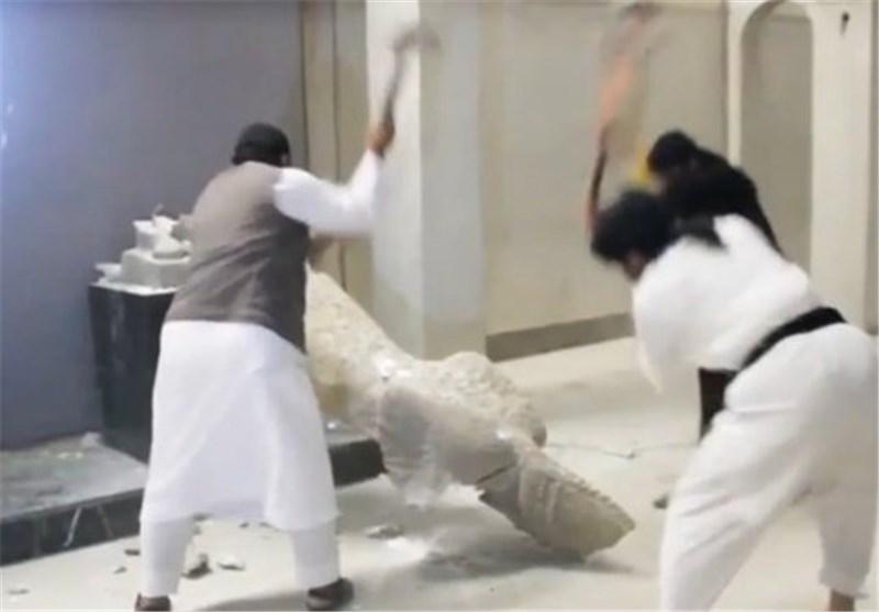 تدمیر متحف الموصل
