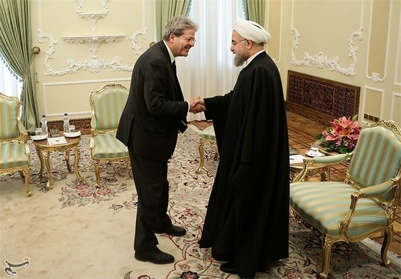 President Rouhani Urges Outright Removal of Anti-Iran Sanctions