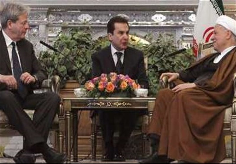 Rafsanjani: Iran Resolved to Restore Nuclear Rights