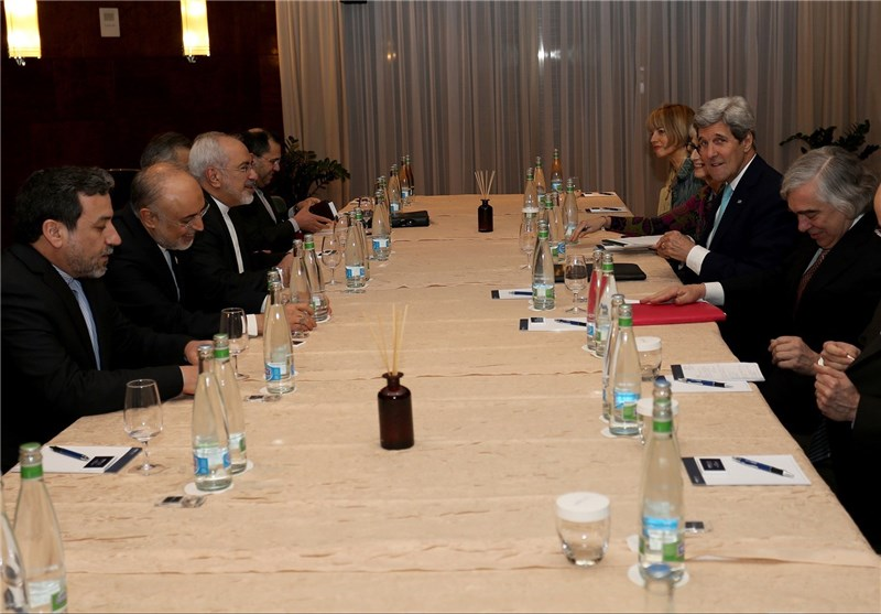 Zarif Sees Opportunity to Discuss Swift Sanctions Relief