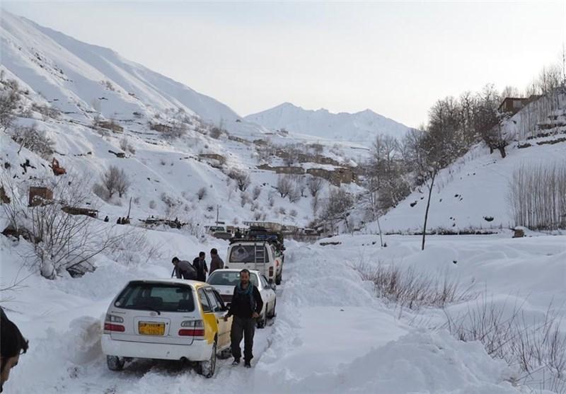 راه ارتباطی 8 روستا در شهرستان کهگیلویه به دلیل بارش باران و ریزش کوه مسدود شد