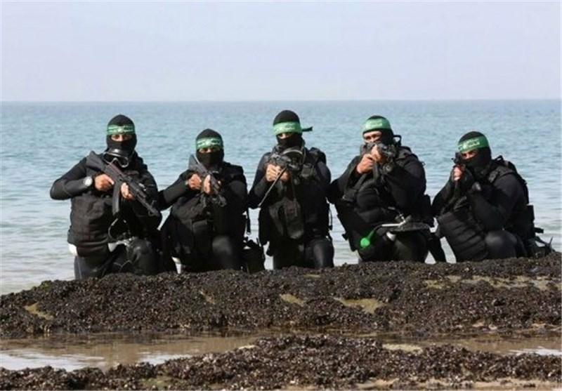 """صحیفة رای الیوم : قوة """"حماس"""" البحریة الجدیدة تثیر الرّعب لدى الکیان الصهیونی"""