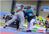 مسابقات کشتی پهلوانی قهرمانی کشور در تبریز آغاز شد