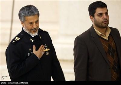 امیر سیاری فرمانده نیروی دریایی ارتش در نماز جمعه تهران
