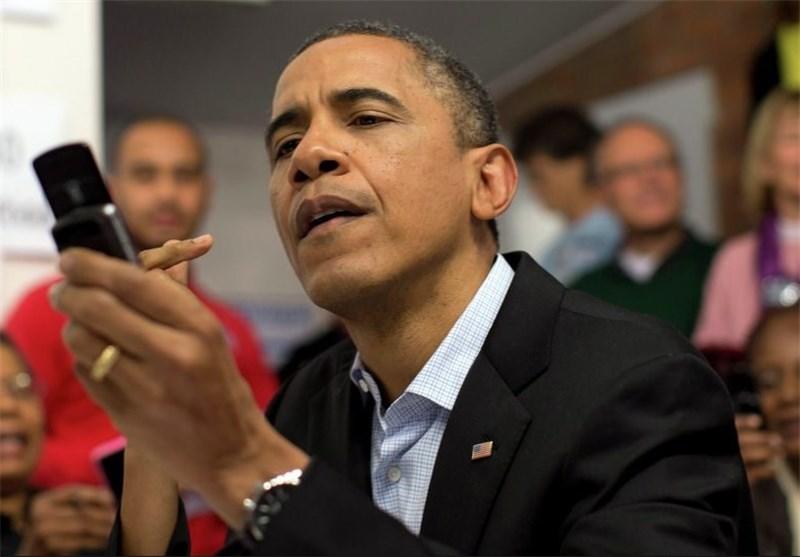 اوباما: بهدلایل امنیتی از تلفن همراه هوشمند استفاده نمیکنم