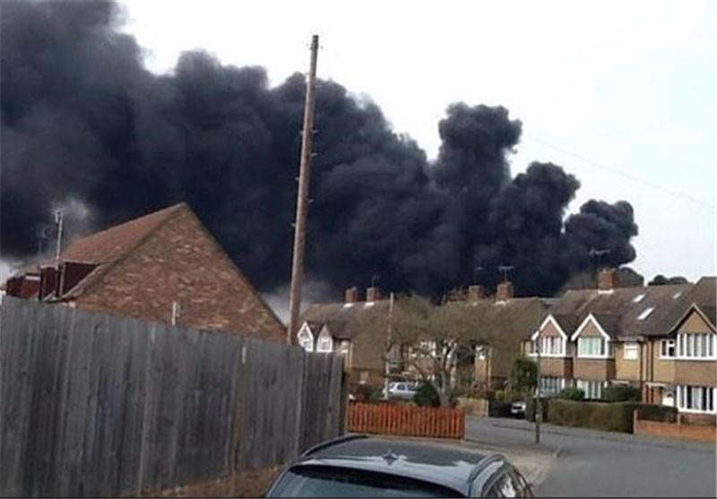 آتشسوزی گسترده در مدرسهای در حومه لندن+عکس