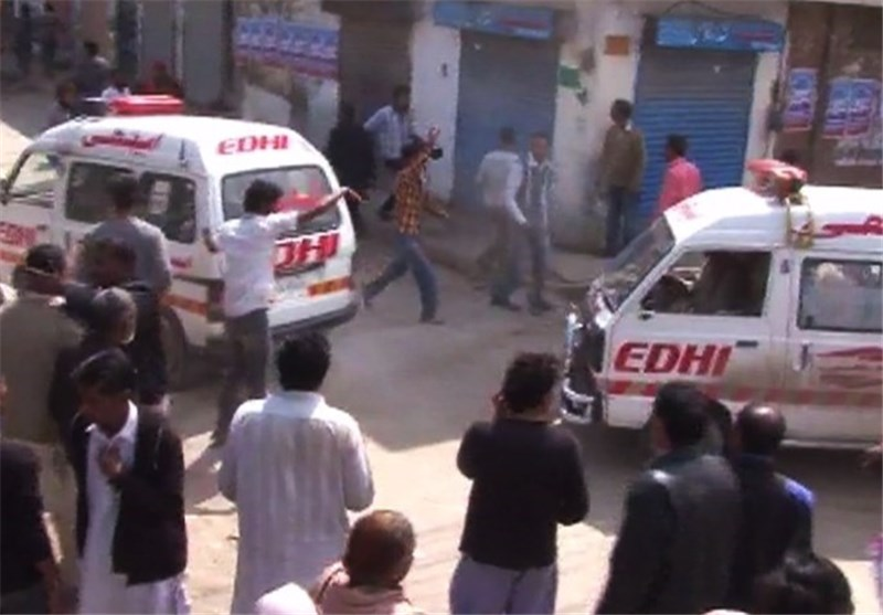 1 Dead as Christians, Pakistani Police Clash in Lahore
