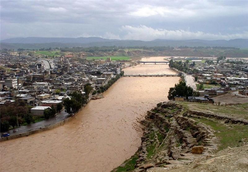 شهرداری پلدختر نسبت به رفع مشکلات رودخانه کشکان اقدام کند