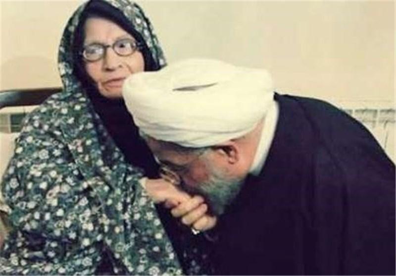 والدة رئیس الجمهوریة فی ذمة الله .. والقائد یعزی
