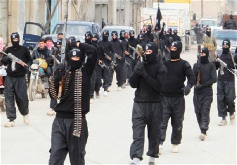 """تنظیم """" داعش """" الإرهابی یهجر مئات الأکراد من الرقة شرق سوریا عشیة احتفالات عید """"نوروز"""""""