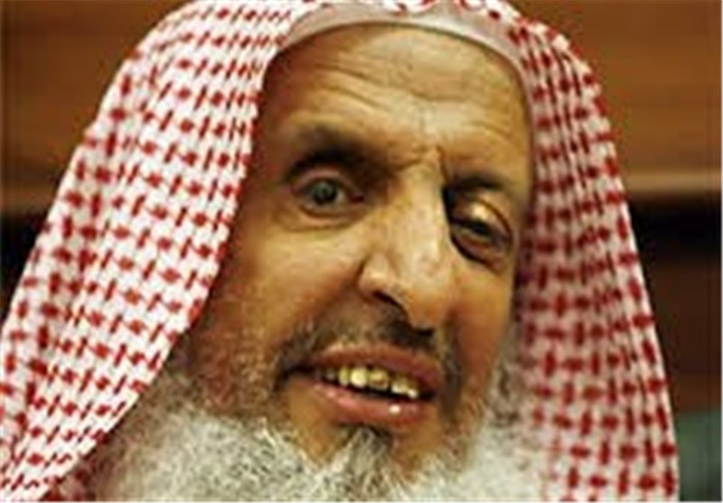 مفتی السعودیة : لا یجوز مساعدة حزب الله فی قتال «اسرائیل» +فیدیو