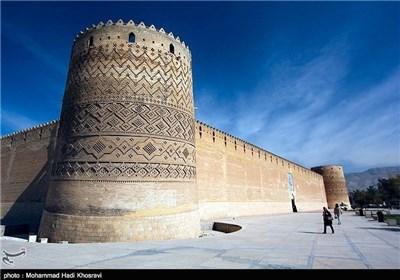 """قلعة """"کریم خان"""" حصن بعظمة التاریخ"""