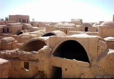 قلعه شهر اسب ابرکوه