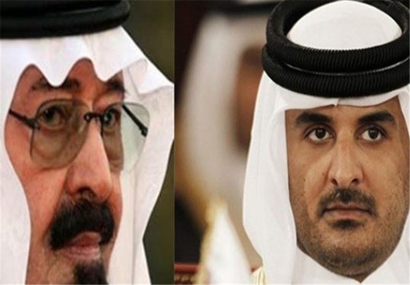"""السعودیة تهدد بمحاصرة قطر بریاً وبحریاً ما لم تقطع علاقاتها بـ""""الإخوان"""" وتغلق """"الجزیرة"""""""
