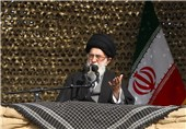 Leader Warns against Plots to Undermine Sacred Defense Values