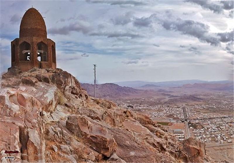 گنبد باز، مقبره باز شکاری شاه عباس صفوی در نطنز + تصاویر
