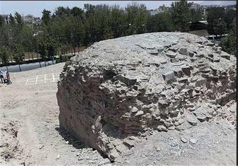 """تپه راز آلود """"جی اصفهان""""، مسجد و تاریخی که در آن حبس شده است + تصاویر"""