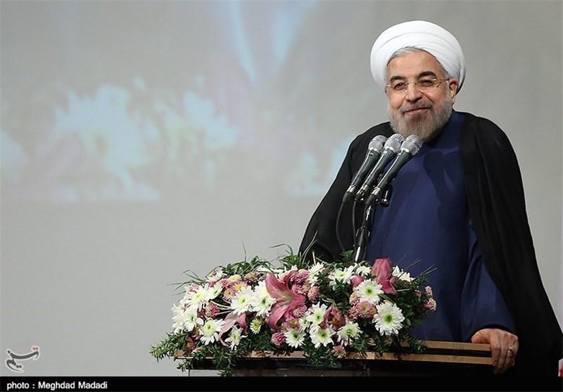 روحانی : شعبنا لایزال وفیاً للثورة وقائدها والنظام الاسلامی