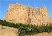 """ماجرای انتشار فیلم وجود """"مار چندین متری"""" در اصفهان و ارتباط آن با کوه صفه"""