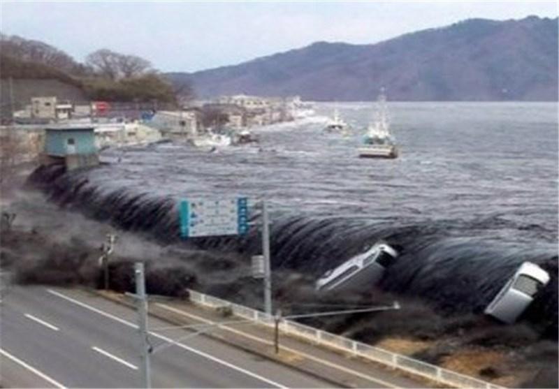 تسونامی یضرب ساحل تشیلی نتیجة زلزال بقوة 8.2 درجة