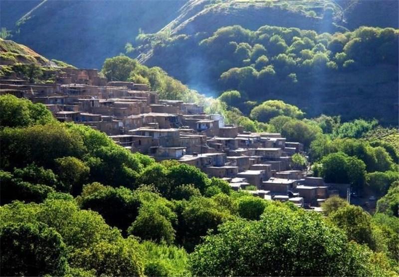 بهار 98  ملهمدره، روستای پلکانی غرب کشور و منبع غنی گیاهان دارویی در همدان+تصاویر