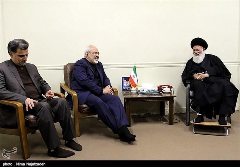 وزیر امور خارجه به دیدار آیت الله علم الهدی رفت