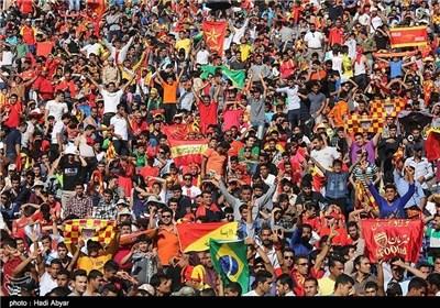هواداران فولاد خوزستان