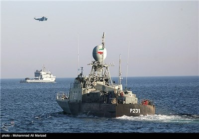 مناورات بحریة ایرانیة باکستانیة مشترکة فی مضیق هرمز