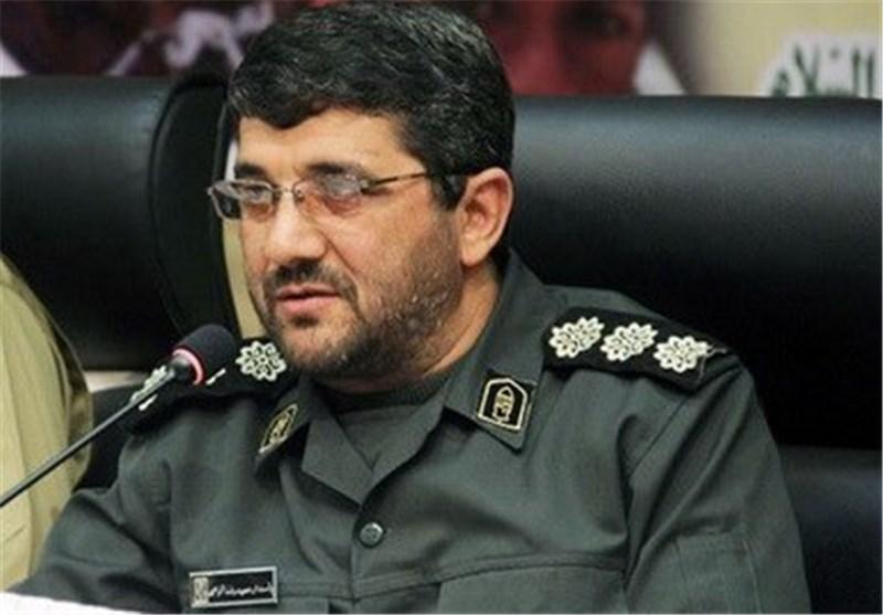 فارس| حضور فرماندار اسبق کازرون برای بازگرداندن آرامش؛ از خانواده درگذشتگان دلجویی شد