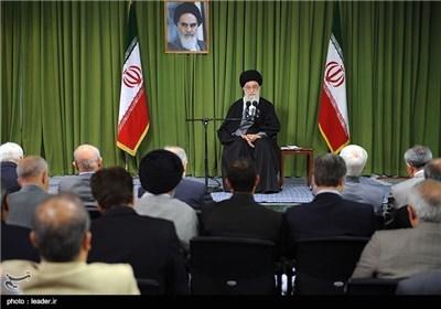قائد الثورة الاسلامیة: نعتبر استخدام الاسلحة النوویة من کبائر الذنوب والمعاصی