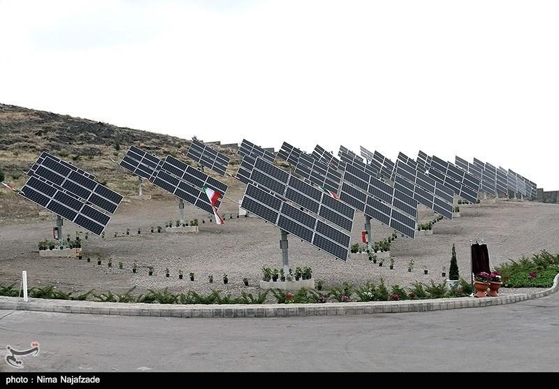 افتتاح نیروگاه خورشیدی توسط وزیر نیرو - مشهد