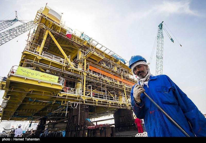 عملیات بارگیری و انتقال بزرگترین سکوی گازی ساخت کشور- بندرعباس
