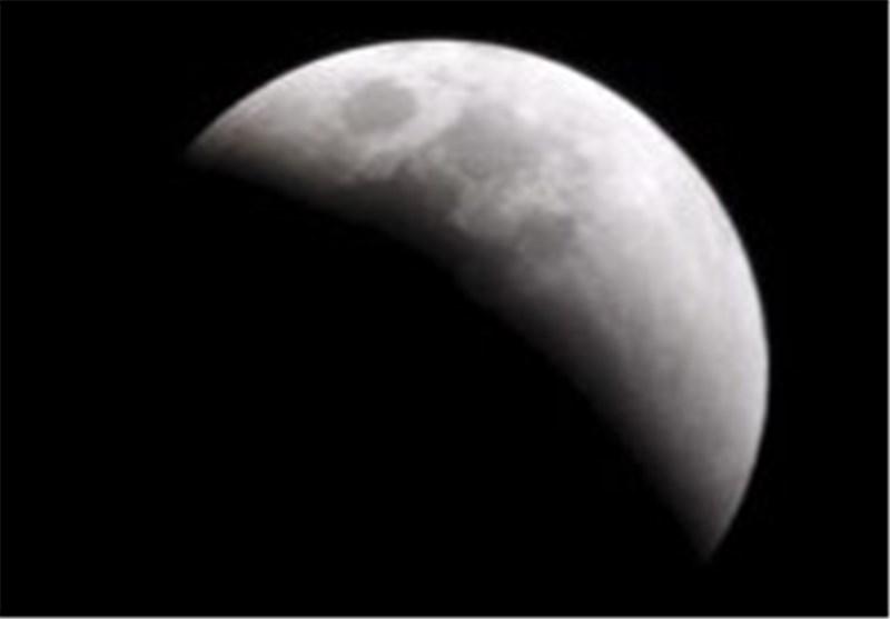 الیوم: أول خسوف کلی للقمر خلال العام المیلادی الجاری 2014