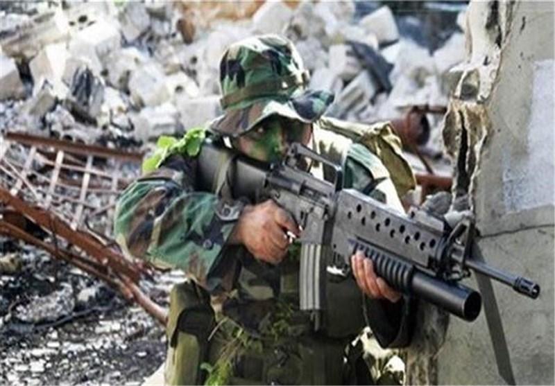 """الجیش السوری یدخل منطقة """"عسال الورد"""" بریف دمشق بترحیب من الأهالی ."""