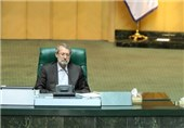 علی لاریجانی رئیسا لمجلس الشورى الاسلامی لسنة أخرى