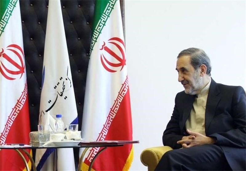 مستشار قائد الثورة الاسلامیة : الازمة السوریة تضر کل دول المنطقة