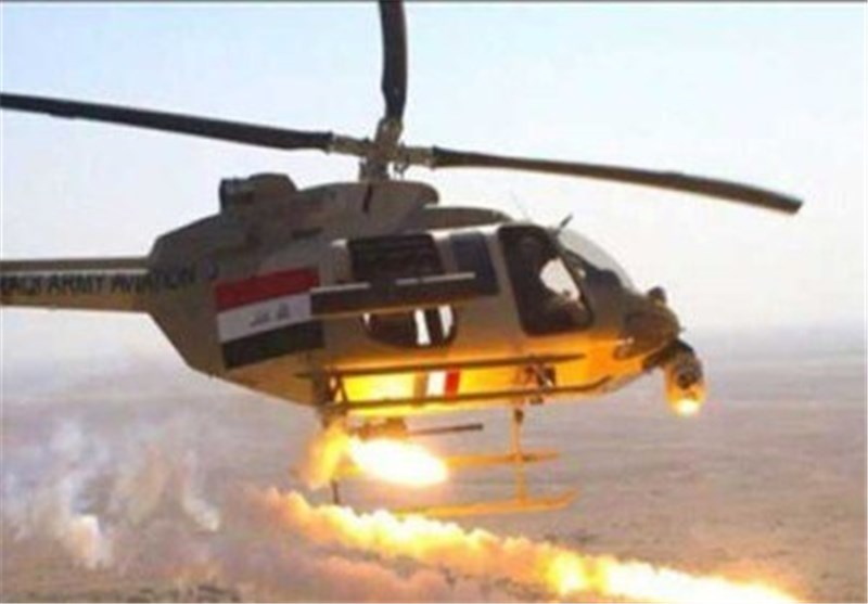 مروحیات عراقیة تقصف موکبا لتنظیم ارهابی داخل سوریا