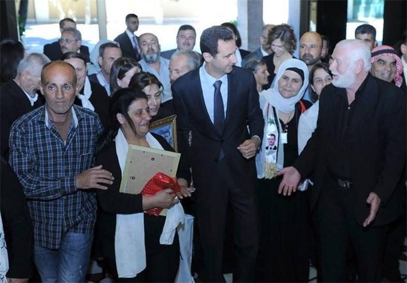 الأسد : الصمود ضمان الانتصار ولولا تضحیات الشهداء ما کانت سوریا لتبقى + صور