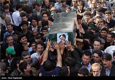 تشییع جثمان المدافعین عن حرم السیدة زینب علیها السلام بمدینة مشهد المقدسة