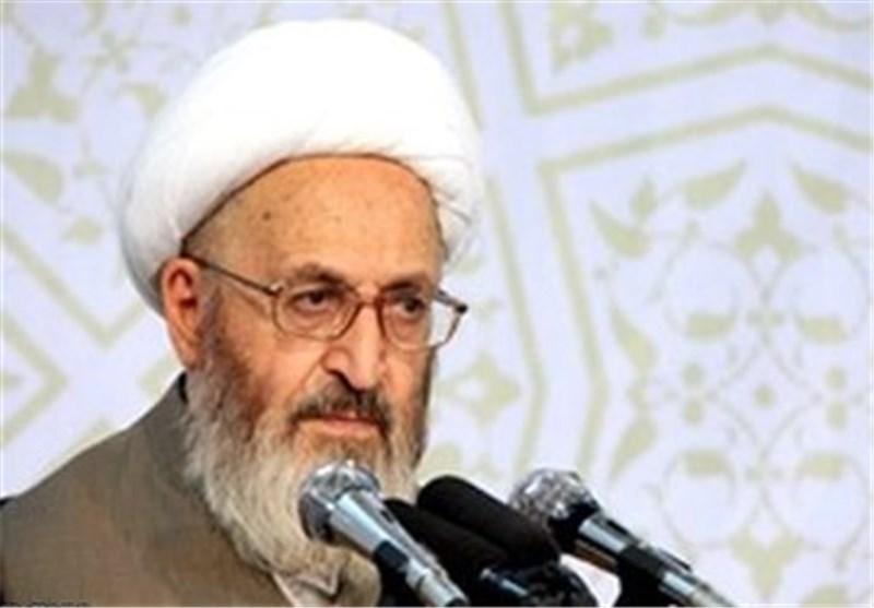 آیتالله هاشمی رفسنجانی یکی از استوانه های انقلاب بود