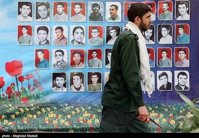 حضور خانواده 100 شهید و 500 جانباز در یادواره شهدای دبیرستان سپاه