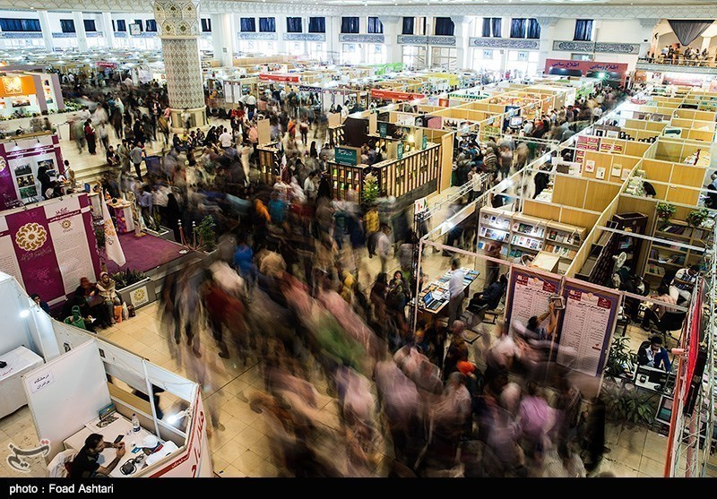 انصراف یک ناشر از شرکت در نمایشگاه کتاب به دلیل گرانی کاغذ/ شرفشاهی: دست دلالان باز است
