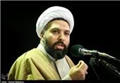 نگاه ایدئولوژیک روشنفکران سکولار میخواهد علوم انسانی اسلامی را زندانی کند