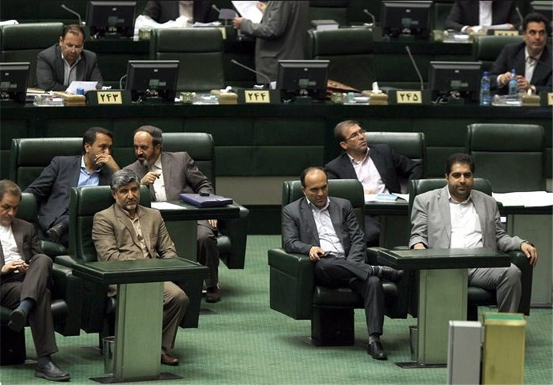Iranian MPs Urge Negotiating Team to Protect All Nuclear Rights