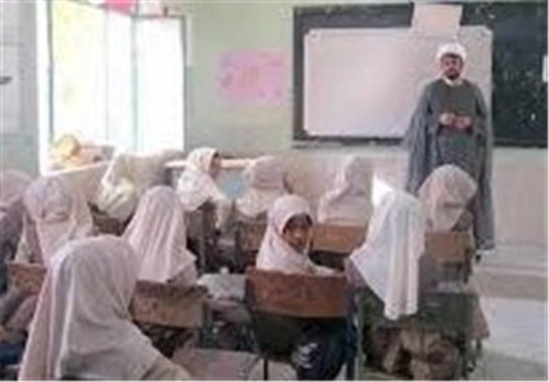 اردبیل| تربیت دینی نوجوانان نیازمند اجرای برنامههای دینی در مدارس است
