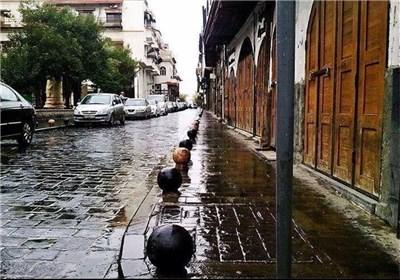 شوارع مدینة دمشق تنعم بخیرات السماء