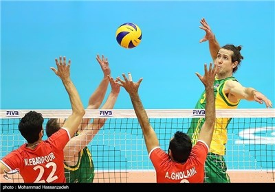 Iran Beats Australia 3-0 in Friendly Volleyball Match