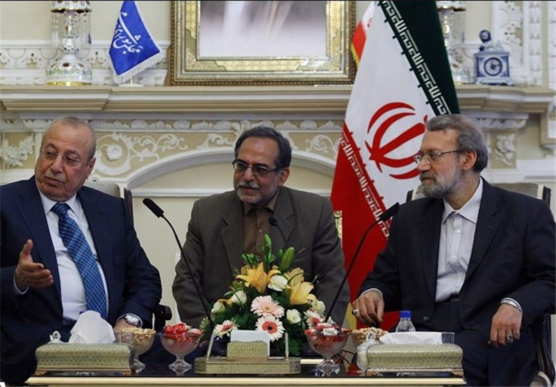 Iraq Calls for Closer Ties with Iran