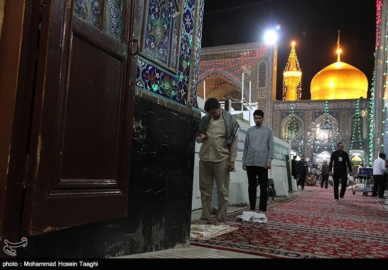 اعتکاف مسجد گوهرشاد
